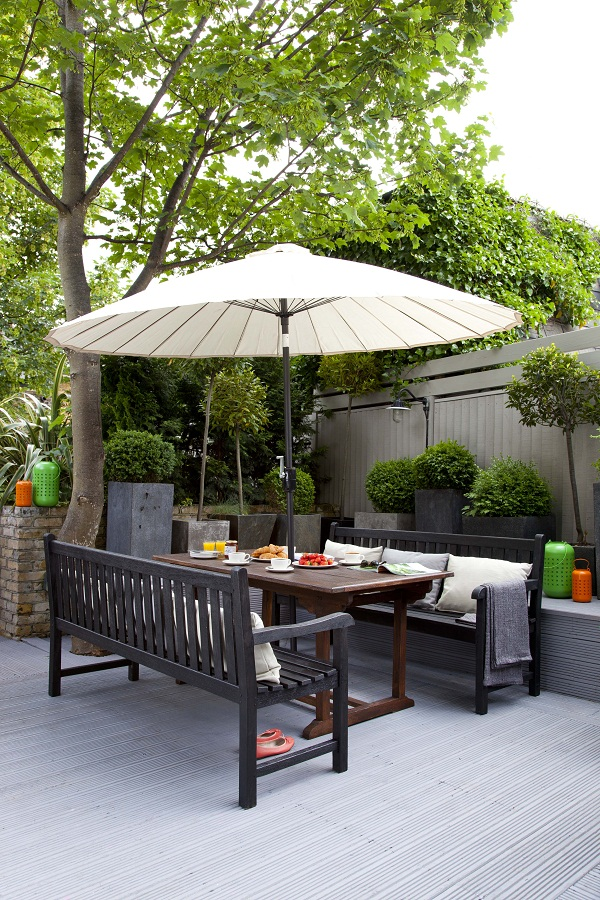 Easy ideas for adding colour to the garden heart home for Garden decking non slip