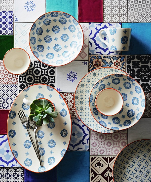 Their Pad Print tableware evokes the ultimate Greek holiday style. The collection features electric blues and cool turquoises with bursts of hot coral ... & Greek Chic at Sainsbury\u0027s \u2014 Heart Home