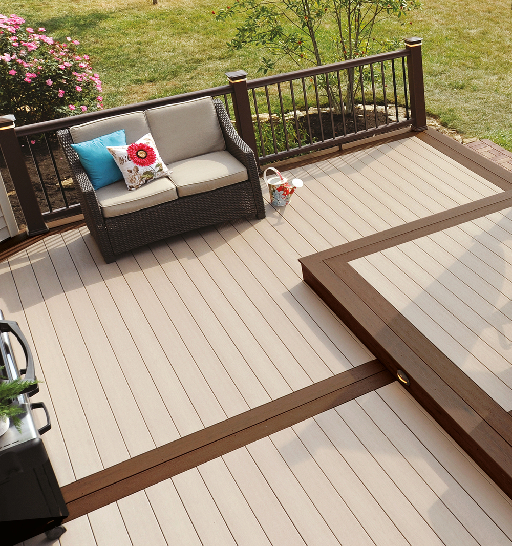 EasyClean Terrain Birch decking with EasyClean Terrain Elm framing