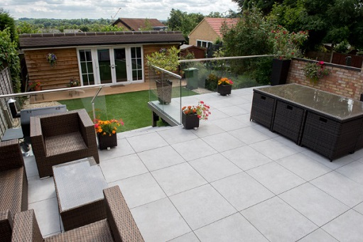 The Designs Of These Tiles Allow Greater Flexibility When Installed In The  Patio Or Garden. The Following Are The Many Benefits Of Using Porcelain  Tiles For ...