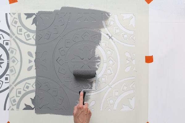 ChalkyFloorStencil-Step4-PaintStencil.jpg