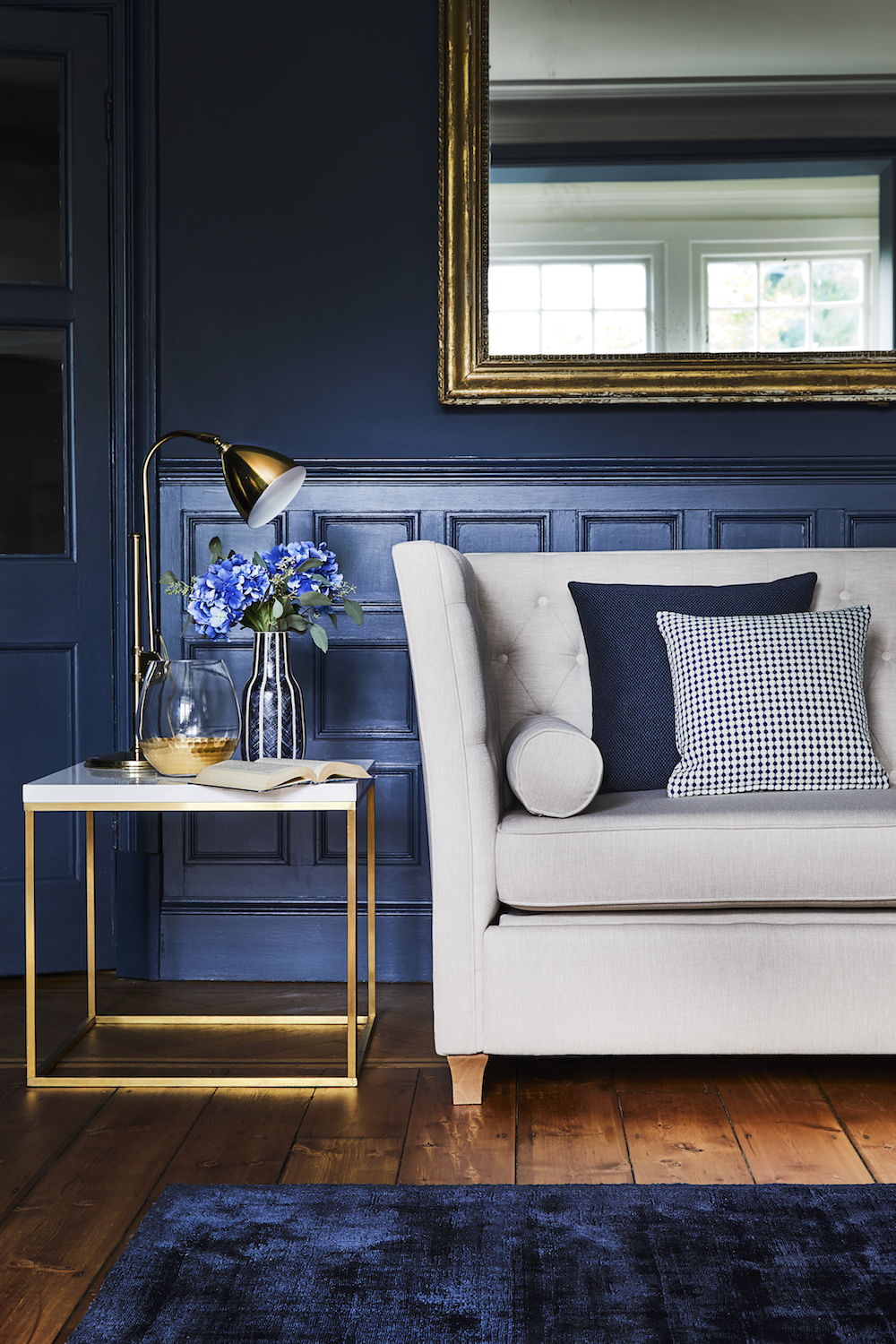 Willow & Hall The Kingswood Sofa in Broad Weave Linen Seashell £1,364