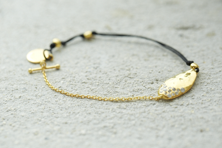 004 - GOLD