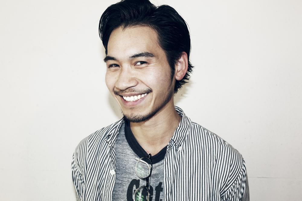 Nozomu Takizawa   滝沢 望  Assistant  岩手県出身。 山野美容専門学校卒業。 2010年、Savaに参加。