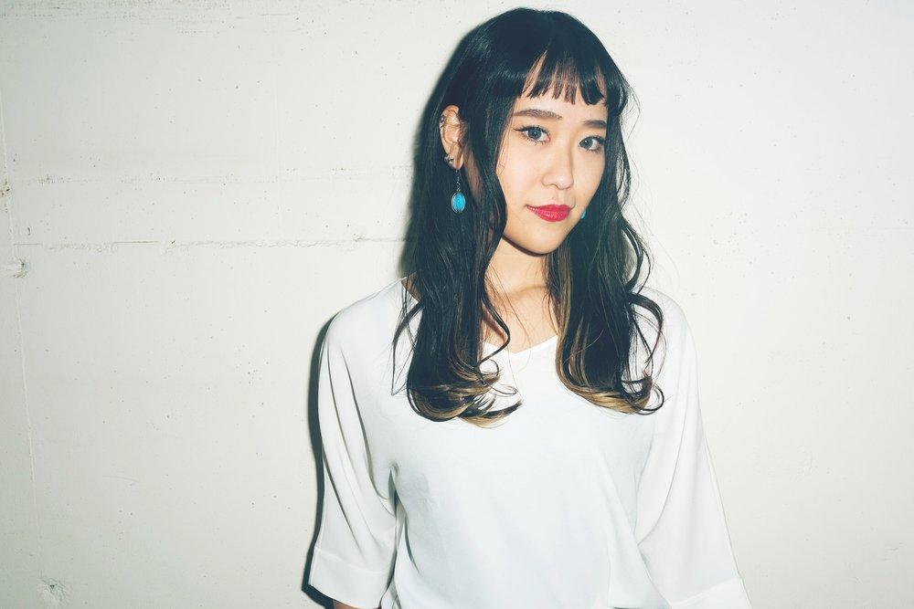 Nozomi Sato   Stylist  国際文化理容美容専門学校卒業。都内1店舗を経て2015年にSAVAに参加。