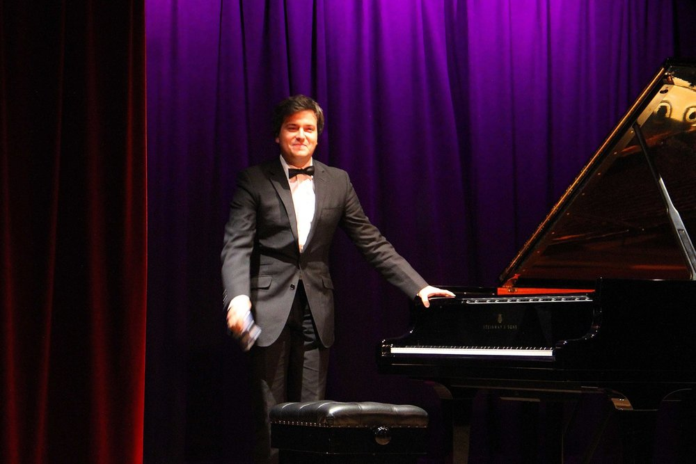 Florian Mitrea at West Wight Arts Association Concert Feb 2017