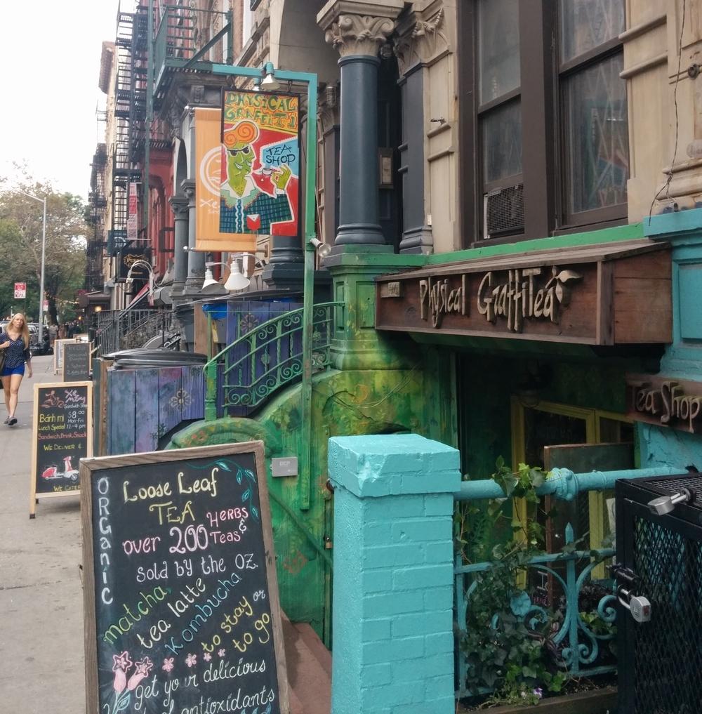 Bad Sign 3 - Graffiti versus Graffitea