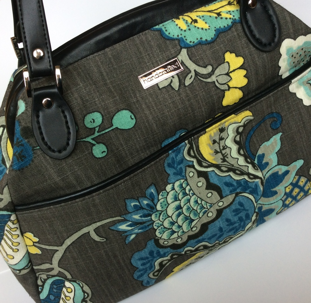A large Companion Carpet Bag made out of decorator fabric.