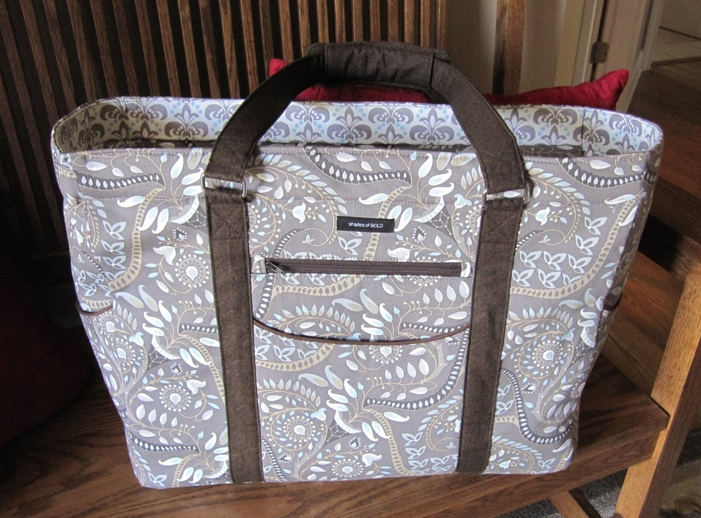 Such a beautiful Megan Travel Tote!