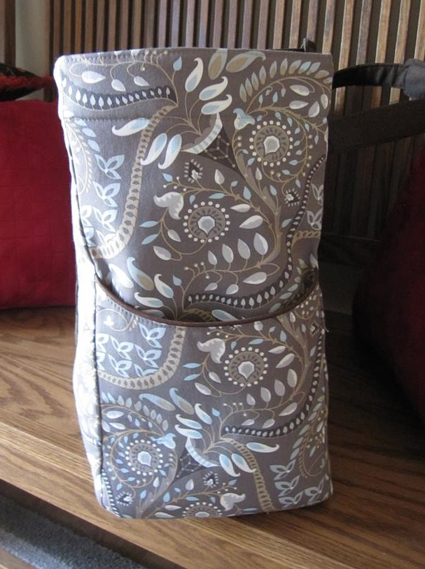 A side view of a Megan Travel Tote made by one of my testers, Marilyn Brandt.