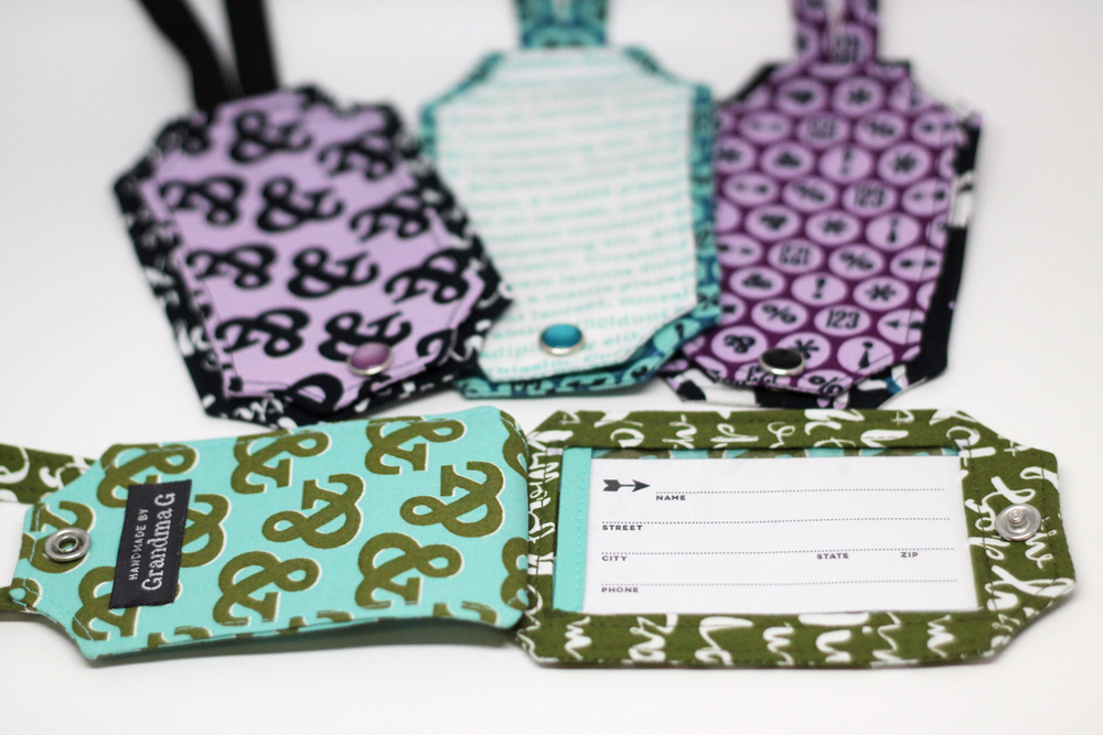 The open luggage tag has the luggage tag insert that Jessica designed and shared with us - thanks Jessica!