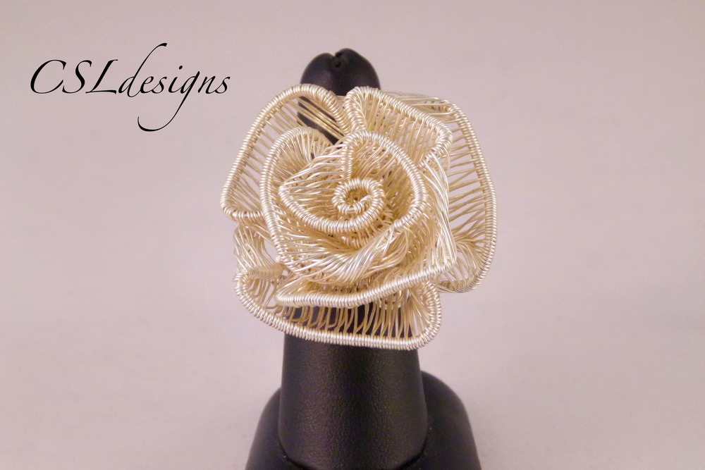 Adjustable wirework rose ring front close.jpg