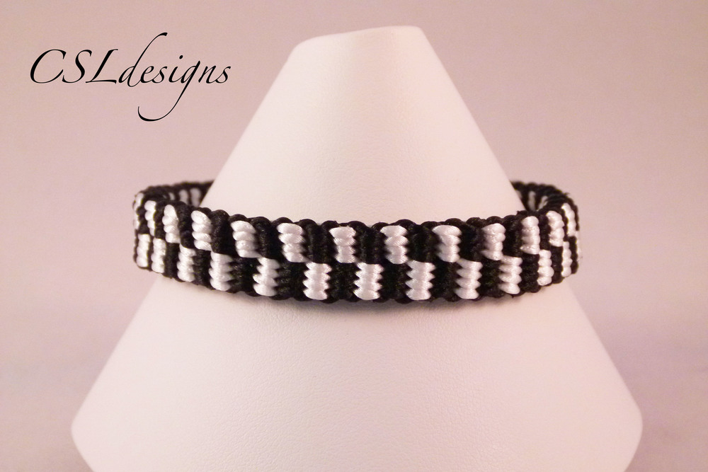 Checker board kumihimo braid front close.jpg