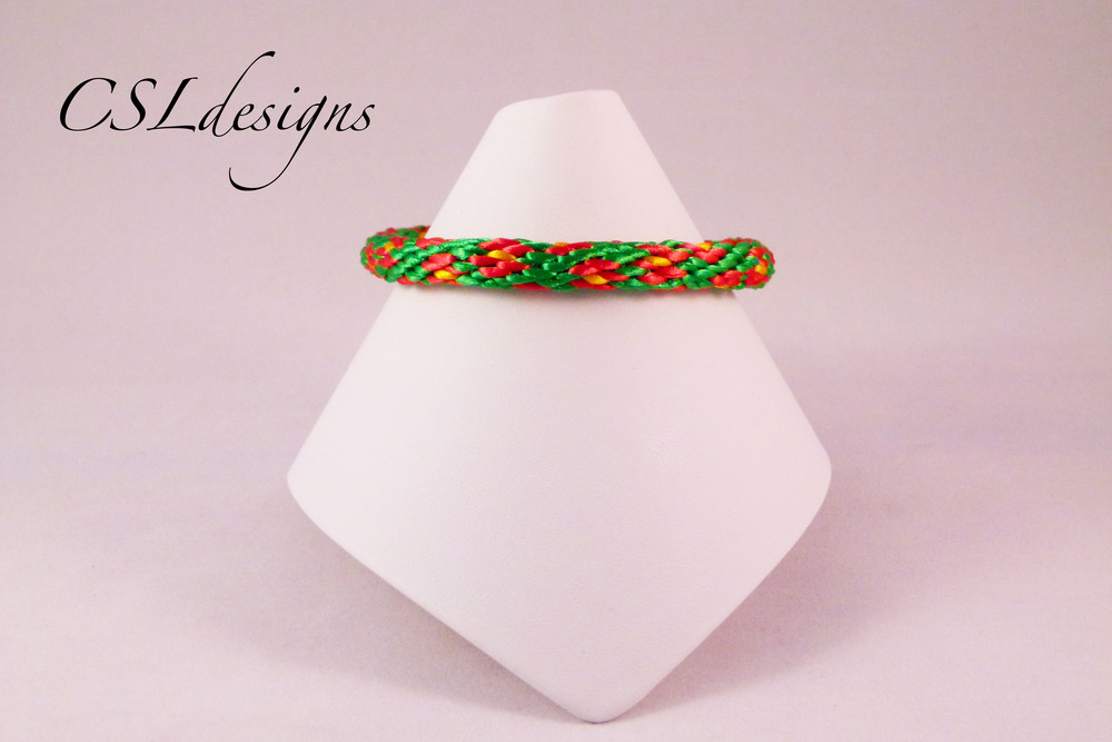 Flower kumihimo braid full.jpg