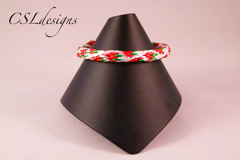 Strawberry kumihimo braid full.jpg