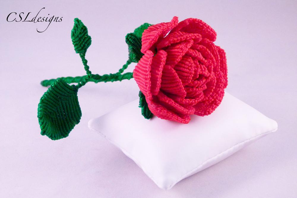 Macrame rose 4.jpg