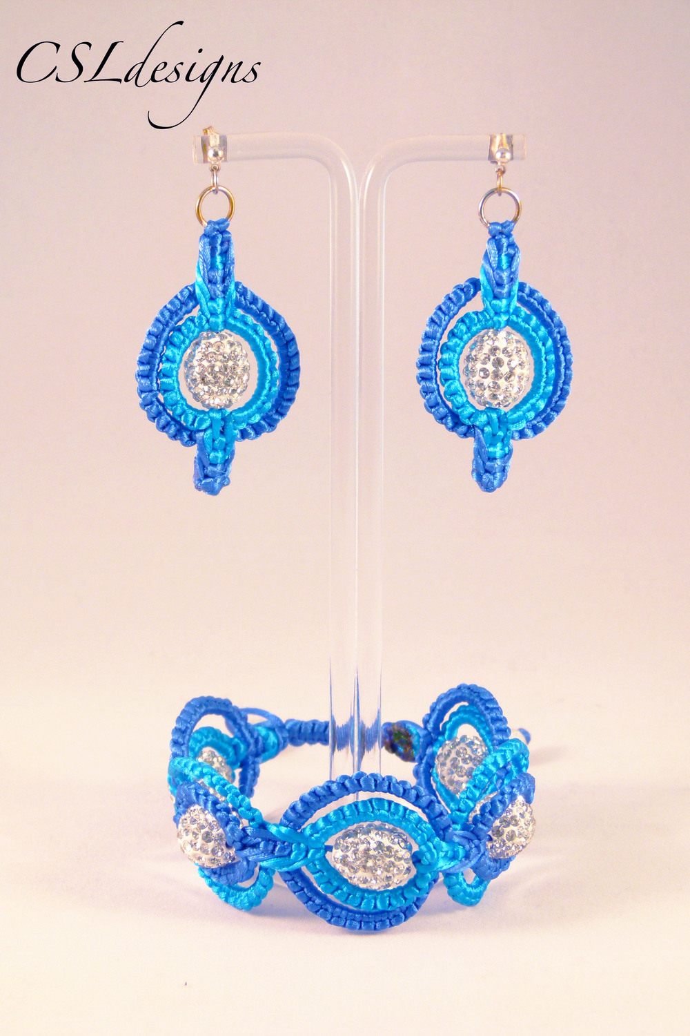Double circle macrame set blue.jpg