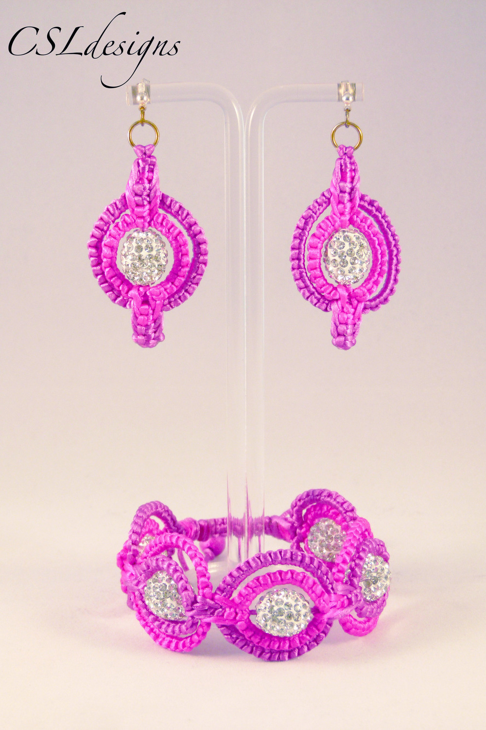 Double circle macrame set pink.jpg