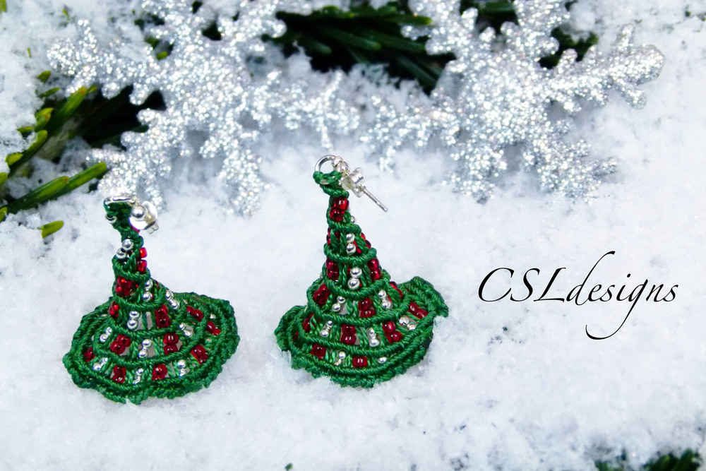 Micro macrame christmas tree earrings thumbnail.jpg