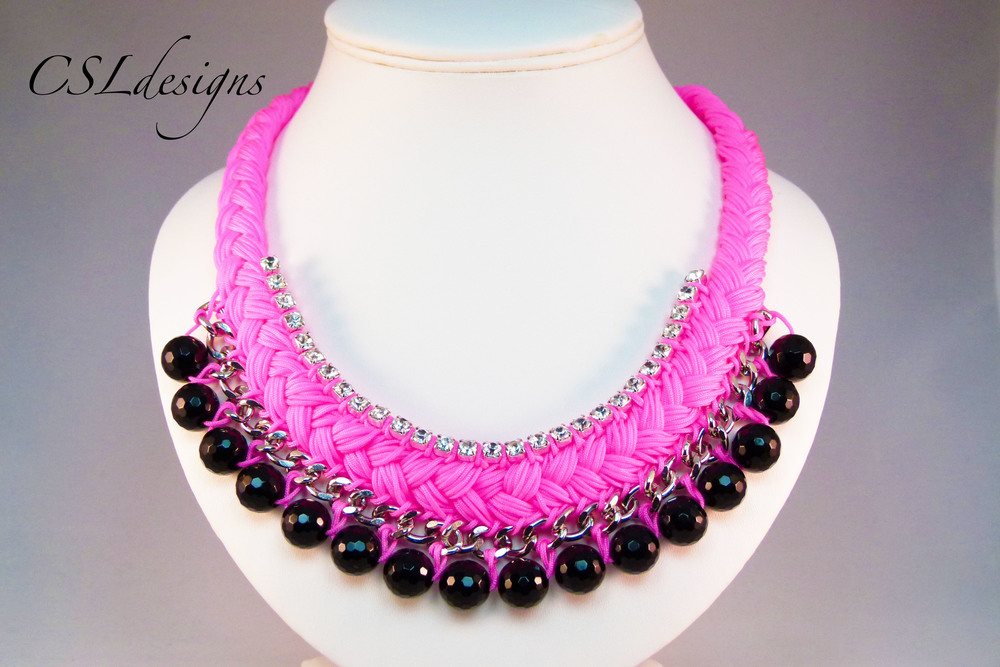 Statement collar necklace thumbnail.jpg