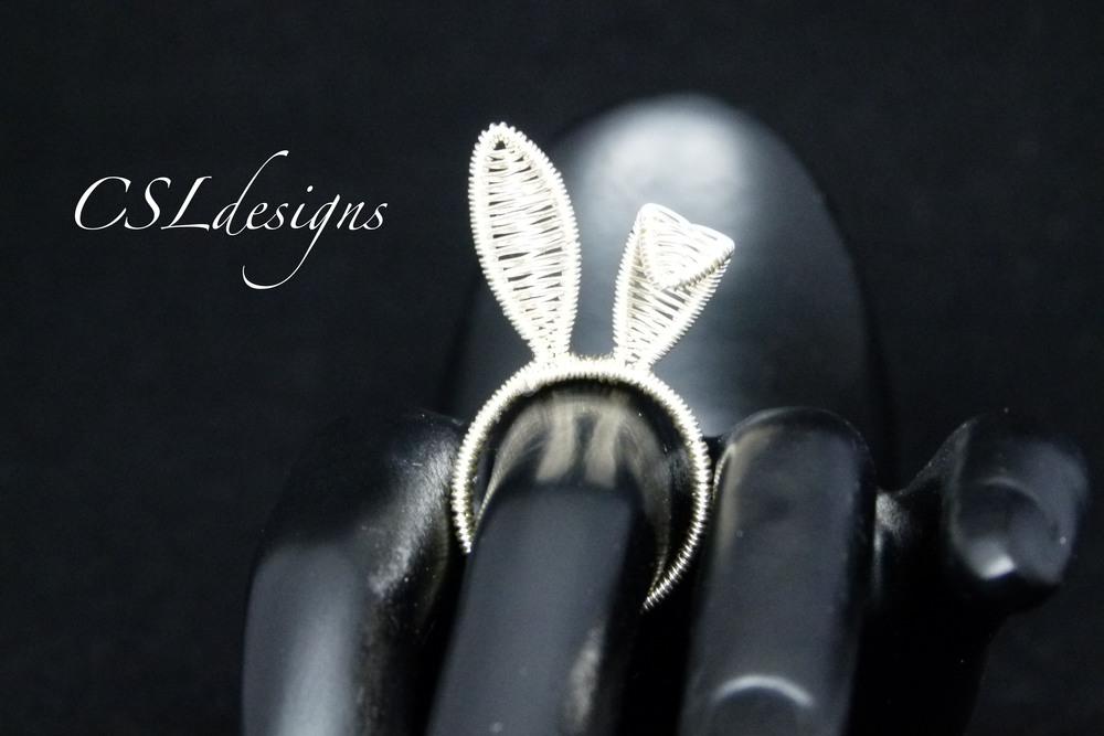 Bunny wirework ring thumbnail.jpg