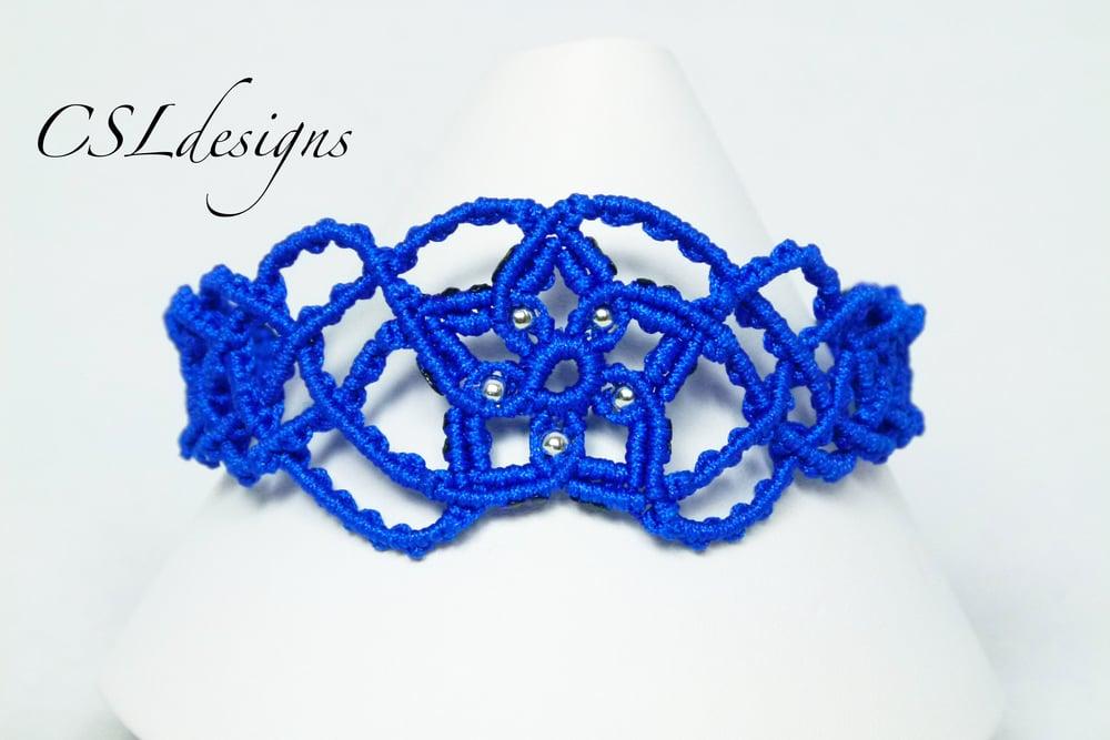 Starburst macrame bracelet thumbnail.jpg