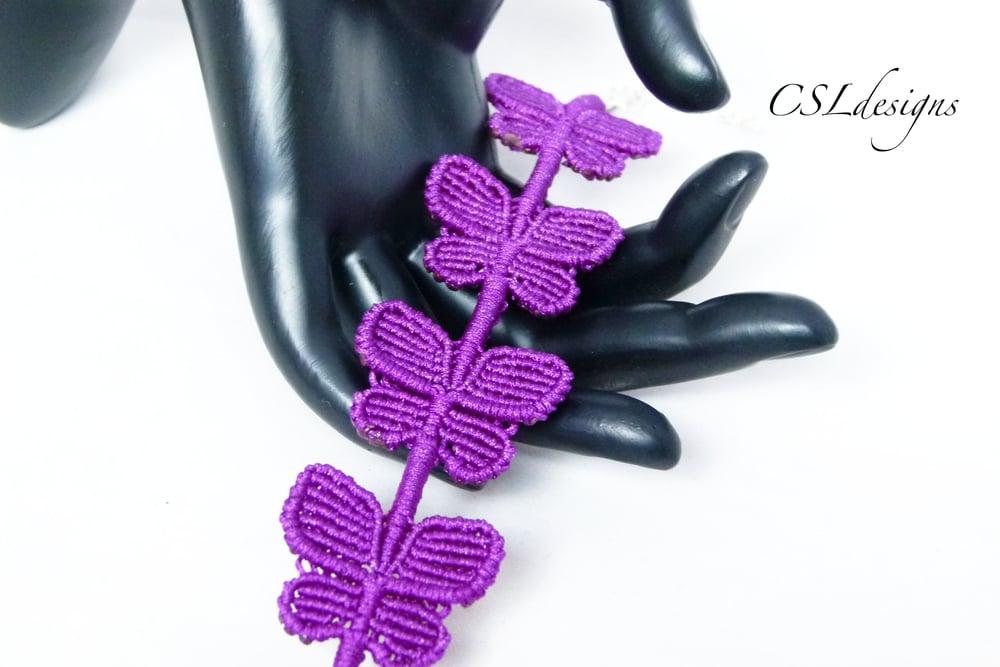 Butterfly macrame bracelet thumbnail.jpg