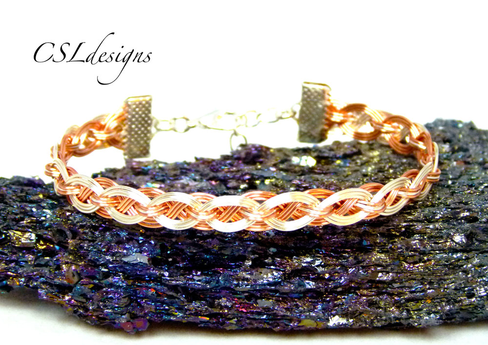 Hugs and kisses wirework bracelet thumbnail.jpg