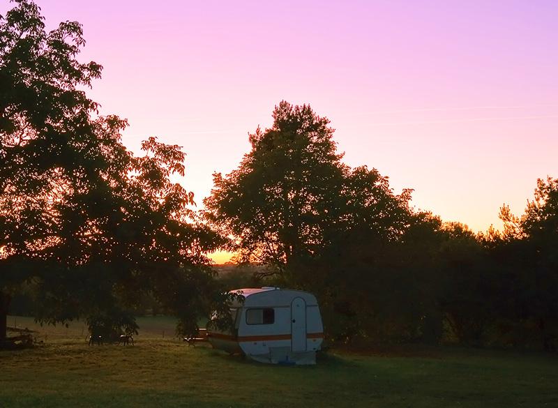 caravan_sunset.jpg