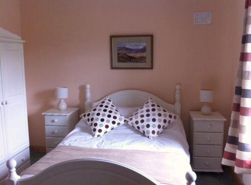 Double Room Grange Lodge 2.jpg
