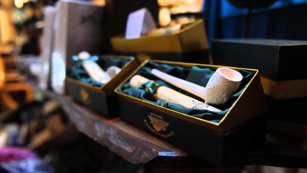 Boyle Craft Shop - Clay Pipe