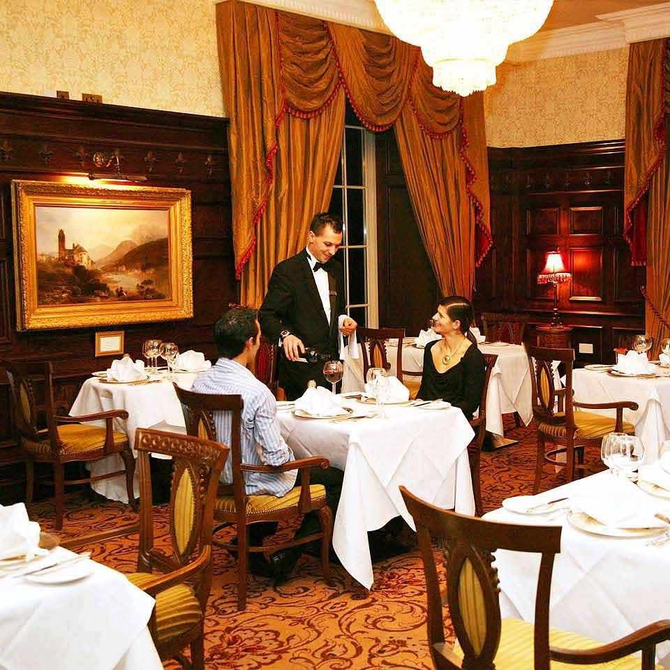 Douglas-Hyde-Restaurant-Kilronan-Castle