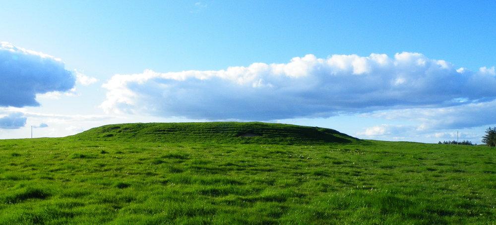 rathcroghan mound.jpg