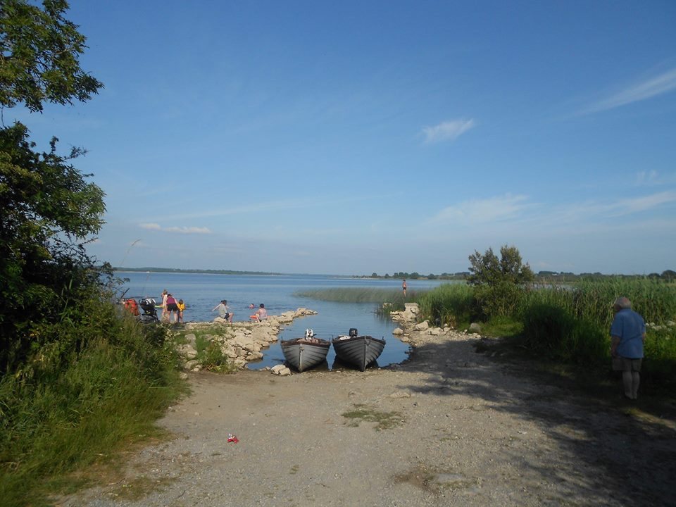 Galey Bay Caravan & Camping Park    Knockcroghery, Co. Roscommon.  Tel: +353 (0)90 66 61058 This friendly family-run self contained holiday park on the shores of Lough Rea, is a truly peaceful location. Stay in the heart of an area steeped in culture and heritage and suitable for sailing, fishing and water sports. Personally supervised, you will find high standards with hot showers, camper's kitchen, TV and games room, laundry facilities, pitch and putt course, boat hire and fishing tackle for sale or hire.The park is open from mid April to the end of October.