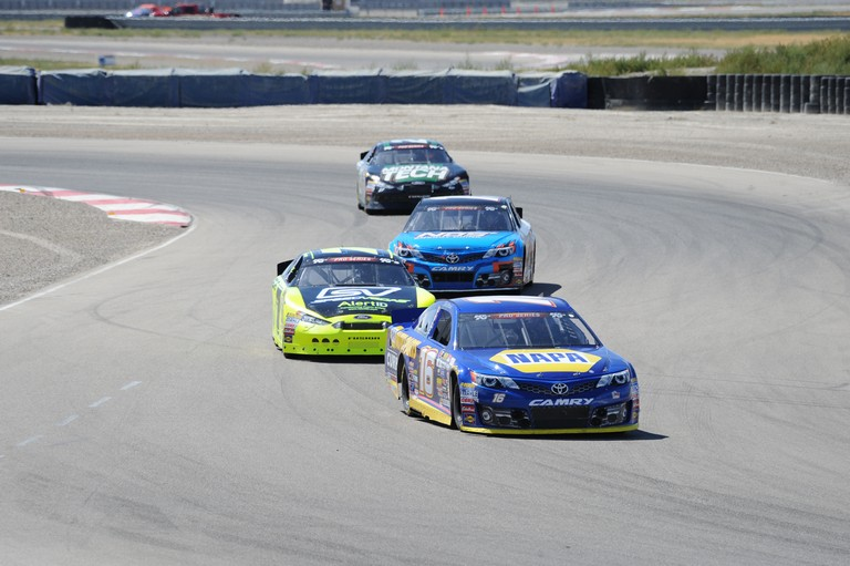 Todd-Gilliland-NAPA-AUTO-PARTS-KN-Pro-Series-West-Utah-2016-16-thru-Turns.jpg