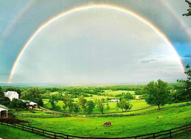 Gotta love Loudoun County! #visitloudoun #loudouncounty #weddingvenue #weddingsinloudoun #farmwedding