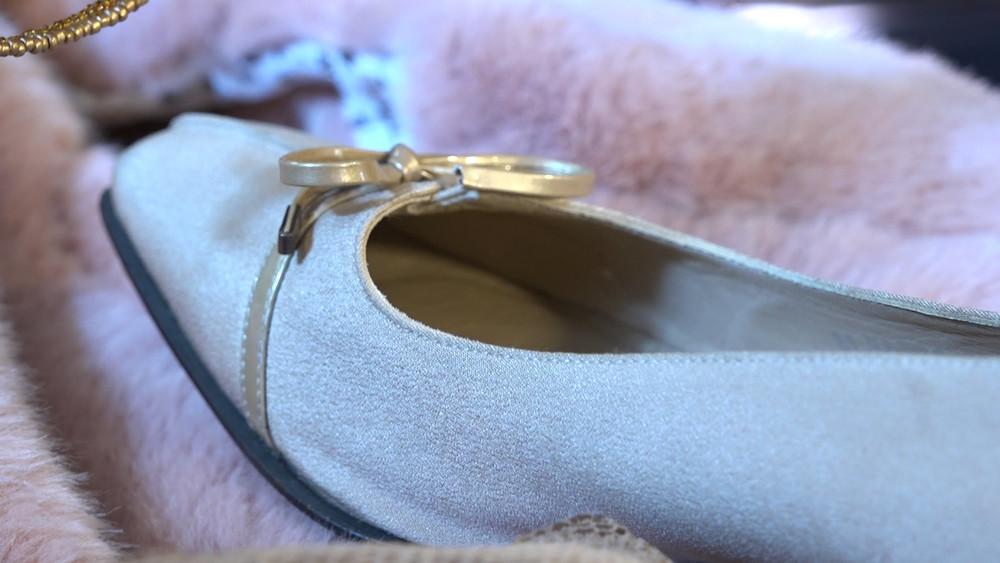 006 White Shoe.jpg