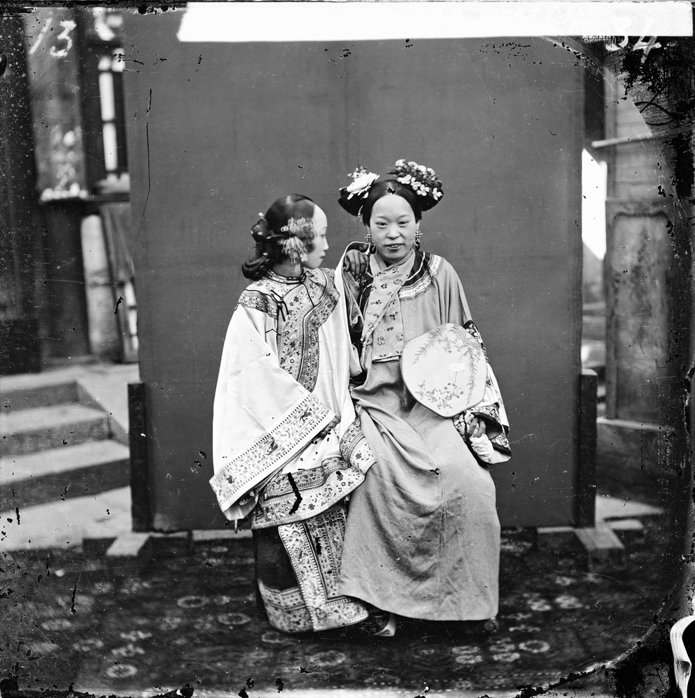 John Thomson, A Manchu lady after having her face painted, Beijing, 1871–72. The Wellcome Library, London.