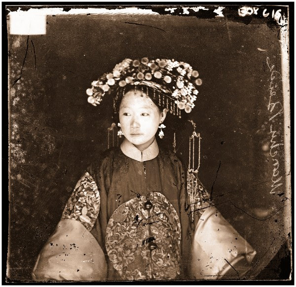 John Thomson, A Manchu bride, Beijing, 1871–72. The Wellcome Library, London