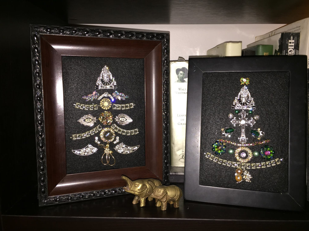 Jewelry Tree Saturday, November 23th 10:30 - 12:30 Summit Artspace Bedazzle your halls this holiday season by creating your very own framed, upcycled jewelry tree! Danielle Hupp will help participants take costume, broken, or surplus jewelry and turn them into ornate trees that are sparkly, detailed, holiday collages.  Register today and turn often-discarded materials into beautiful pieces of art that will proudly adorn your, or a loved one's wall! All materials will be provided, but feel free to bring any special pieces you want to incorporate into your design.  Danielle Hupp is, by day, the Associate Director of Kent State University's Annual Giving Program. By night, Danielle is a creative superhero who takes ordinary objects and turns them into extraordinary pieces for her and others around her to enjoy!  Danielle has a master's degree in public administration from Kent State University and is a past president of the Association of Fundraising Professionals, Northeast Ohio chapter. In addition, she works with the Women's Endowment Fund of the Akron Community Foundation, is an alumni of Torchbearers, and serves as co-chair of the Sugar Plum Tour. Danielle loves helping people make their spaces beautiful and believes everyone has the capacity to create art.