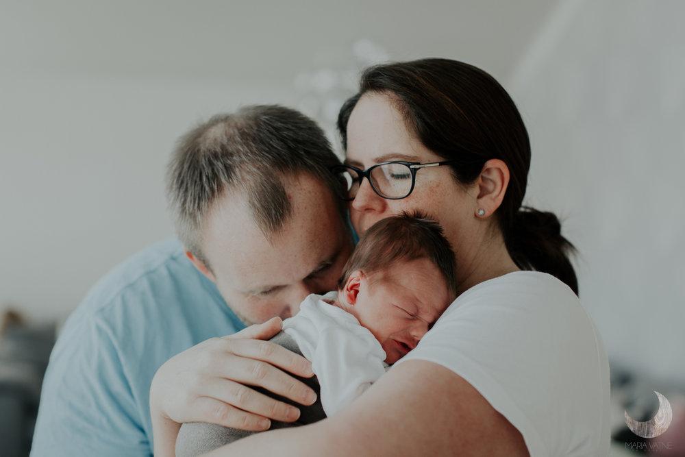 nyfødtfotografering-fotograf-kongsberg-maria-vatne-familiefotografering-4.jpg