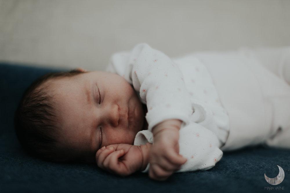 nyfødtfotografering-fotograf-maria-vatne-kongsberg-drammen-oslo-17.jpg