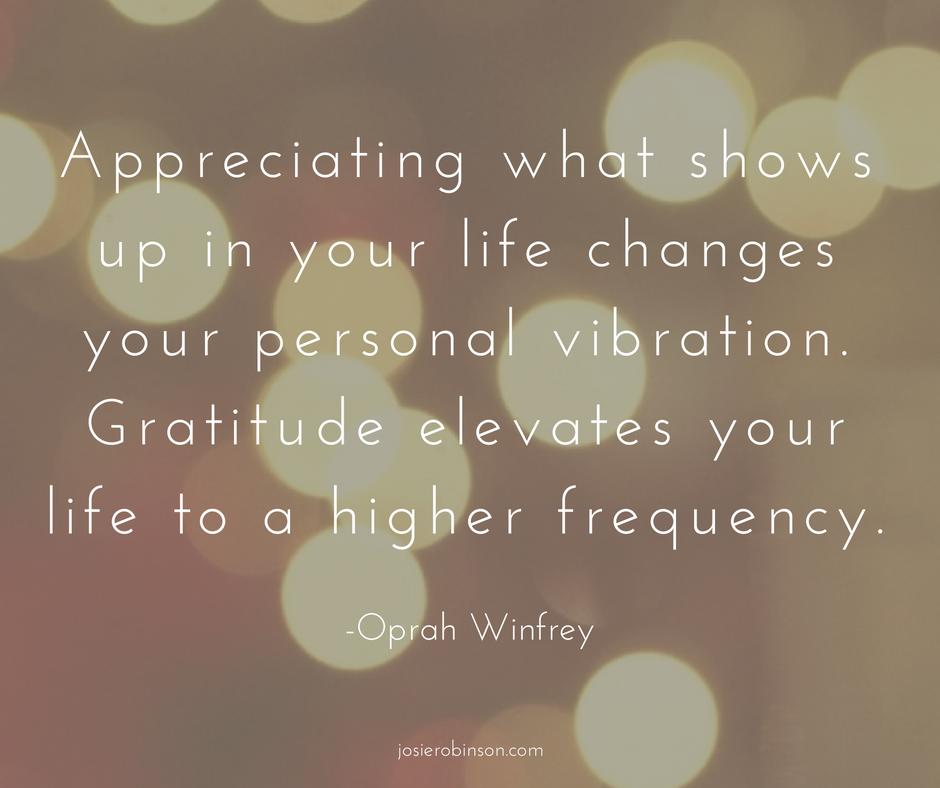 Beautiful gratitude quote from Oprah Winfrey