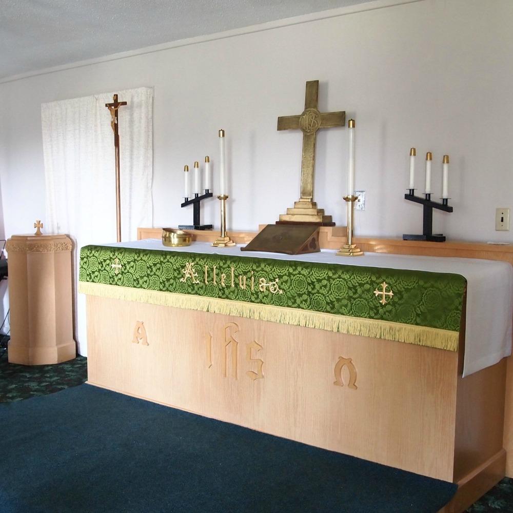 altar_sq.jpg