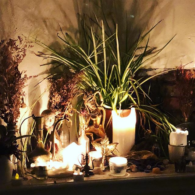 There are a couple spots left in my NYE class! Details below. ✨This beautiful altar lived at @misfitstudio queen. It's been a heartbreaking and beautiful goodbye. I've learned a lot from @theamberj's leadership and will use those lessons to inspire my offering.✨ About the class: a thoughtful mix of flowing through yoga postures, restorative practices, meditation and ritual to enter 2019 with intention. I'll bring the collective tarot, candles, a playlist and lakes of devotion. You bring you (and maybe something for the altar). Together we'll make space and time sacred.  The class is designed for all levels of experience and with lots of permission to take good care of yourself.  December 31, 2018 | 10PM - 12:30AM  @goodspaceto | 360 Dufferin, Unit 106, Toronto $60  Register at christi-an.com (link in bio) *Email me at christi.slomka@gmail.com if you need a PWYC spot.  Accessibility notes: There are a 7 steps to get to the space. There are 2 bathrooms & 3 change rooms.  I aim to be an anti-racist and fat, trans and queer positive teacher.  I acknowledge - with reverence - the land, cultures, traditions and people who have made it possible - and continue to make it possible - for me to do and share these practices with you.