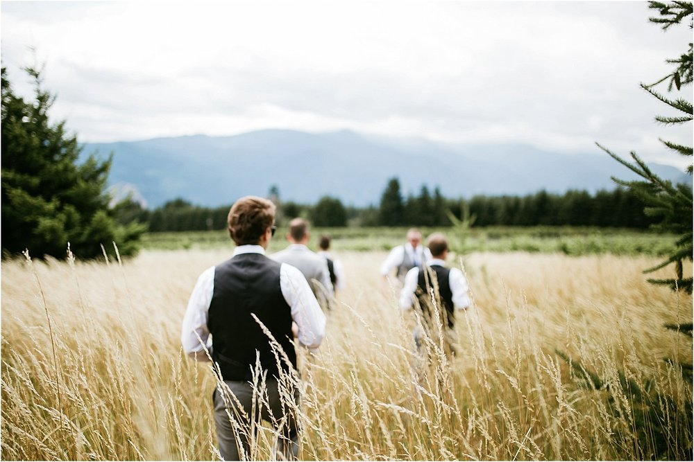 ColumbiaGorgeWedding.OregonWeddingPhotographer-47.jpg