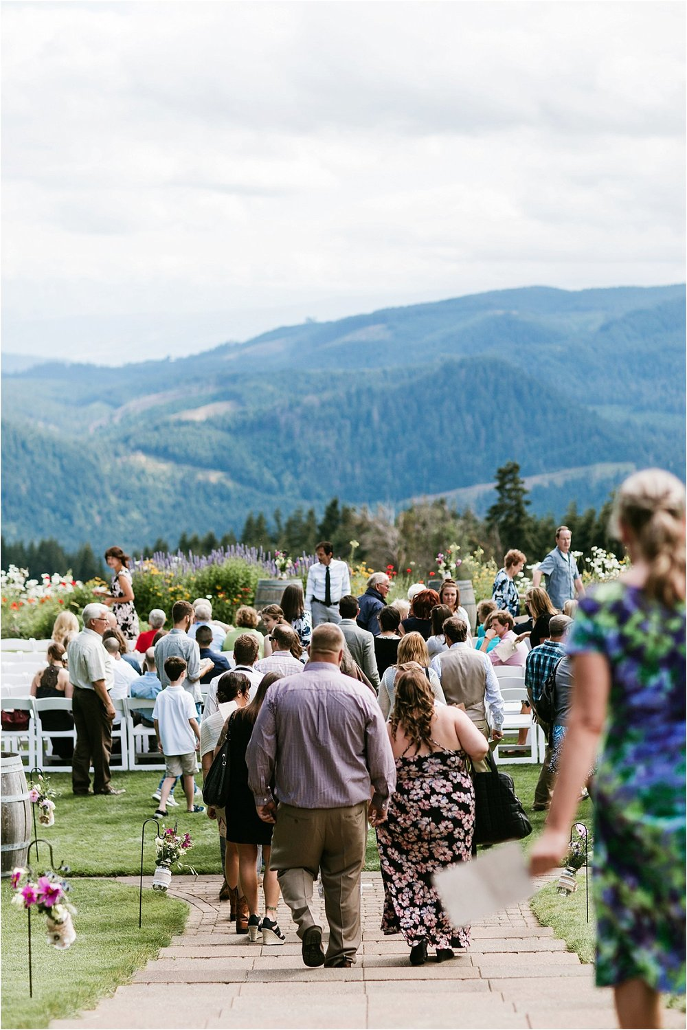 ColumbiaGorgeWedding.OregonWeddingPhotographer-61.jpg