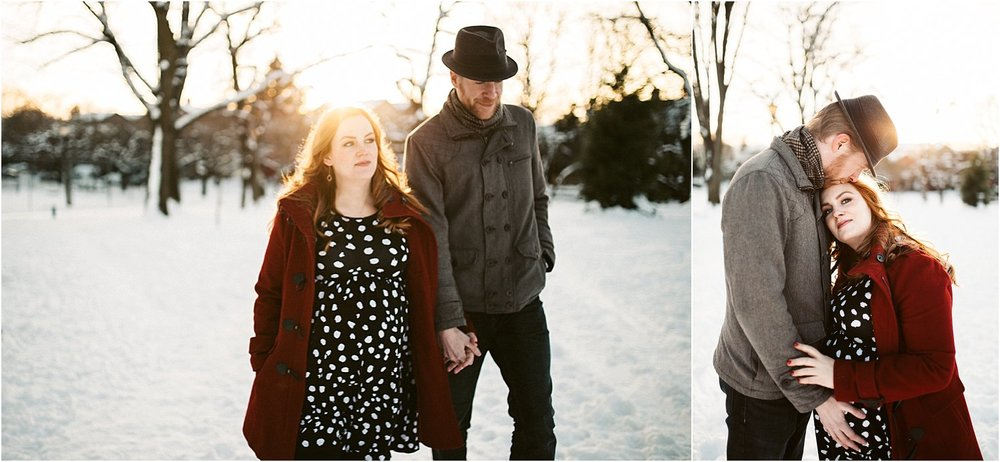 Maternity photo session during snow storm