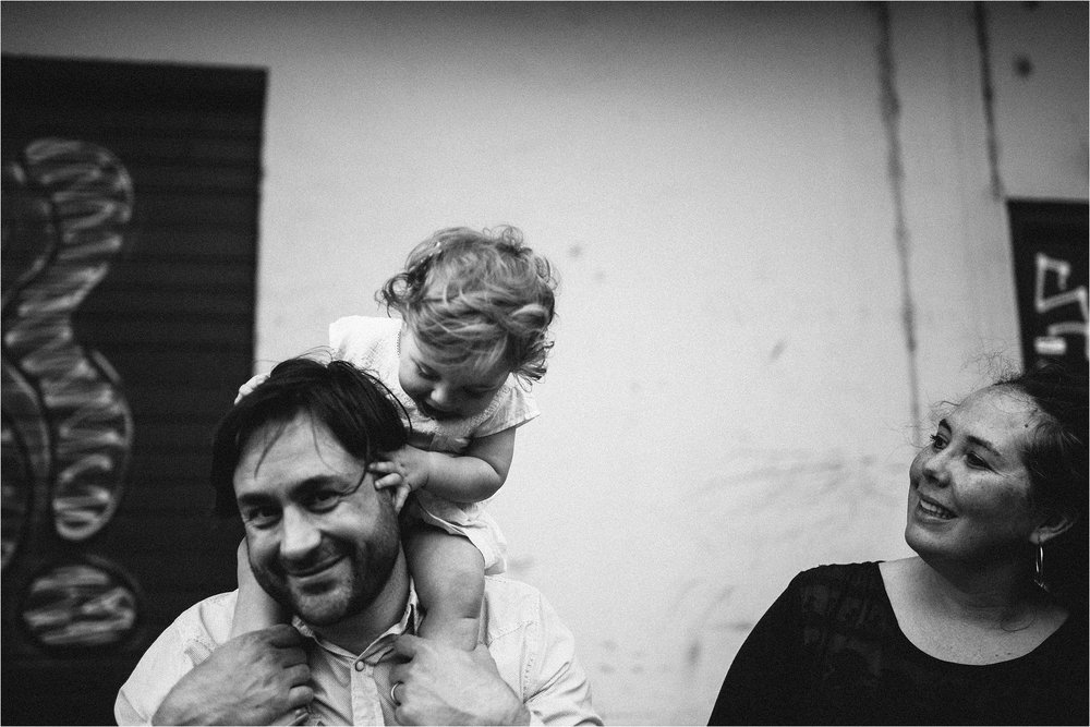 portland-family-photographer-in-home-session_0066.jpg