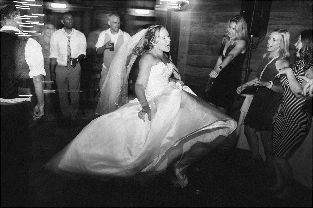 mcmenamins-wedding-portland-oregon_0107.jpg